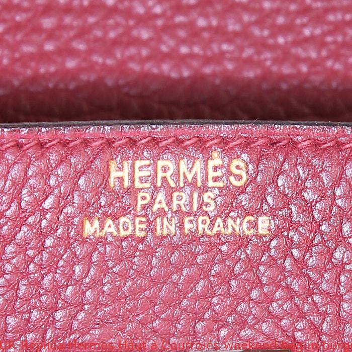 5bbc32b619b UK Replica Hermes Haut à Courroies weekend bag in burgundy togo leather
